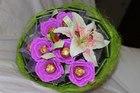 Букет из конфет Розы и лилия